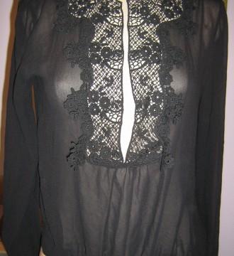 Camisa transparente negro seda,encaje en apertura