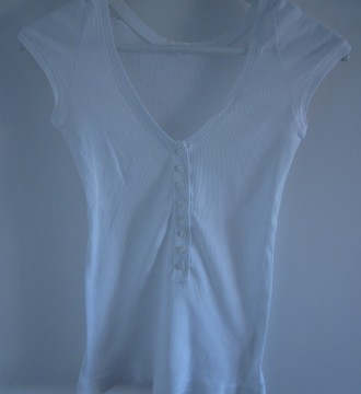 camiseta blanca básica de Oysho