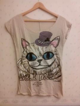 Camiseta Alicia