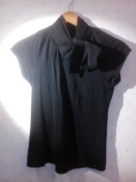 Camiseta cuello lazo