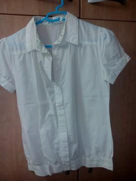 camisa blanca manga corta Berskha