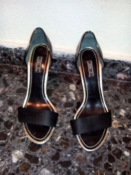 Zapato de fiesta. Raso negro 38