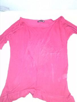 camiseta fucsia