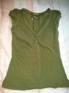 Camiseta verde kaki