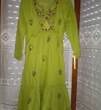 vestido verde pistacho