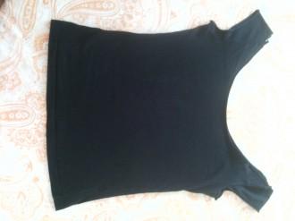 Dos camisetas negras