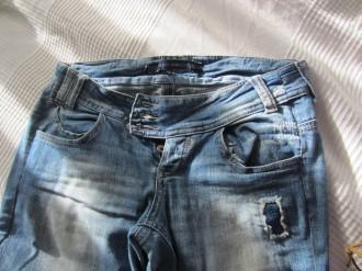 Pantalón vaquero talla 36 BSK efecto gastado