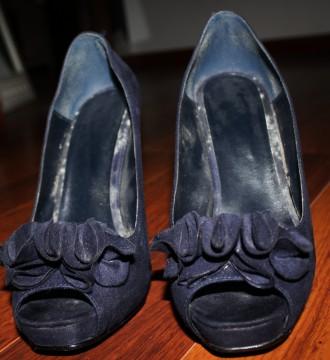 Zapatos tacón azul marino