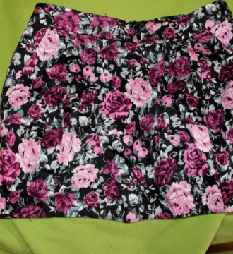 VENDO Falda estampada 8€