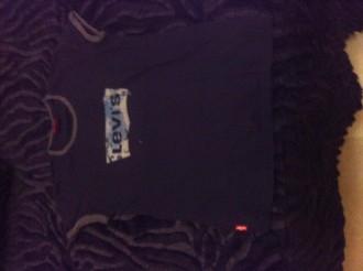 camiseta marca levis