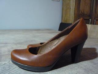 Zapatos de piel camel
