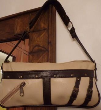 Bolso beige y marrón