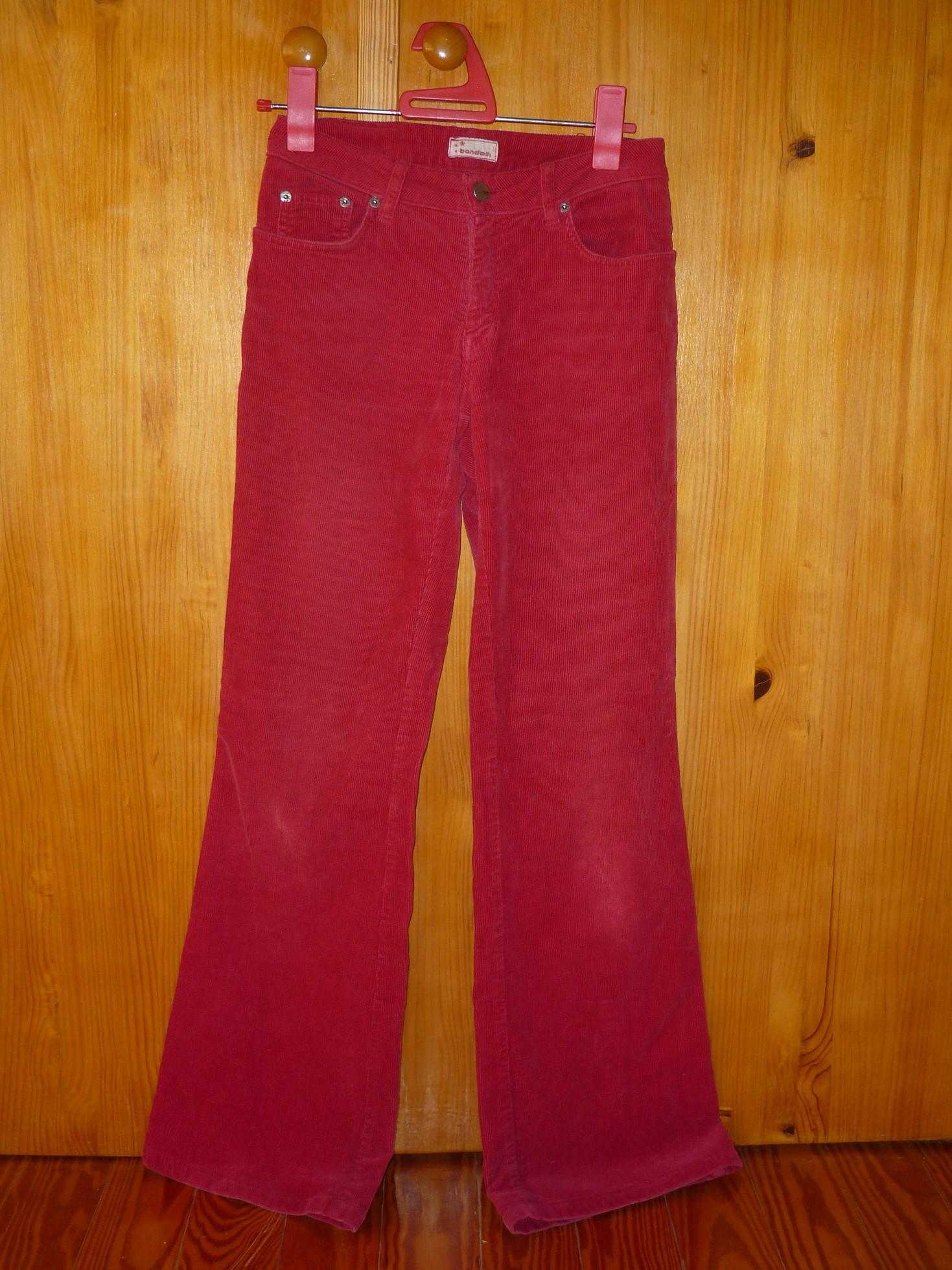 Pantalón pana rojo. Talla 38/36