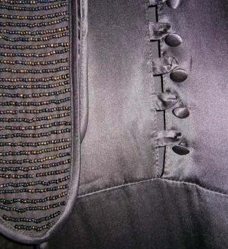 Vestido de seda con lentejuelas