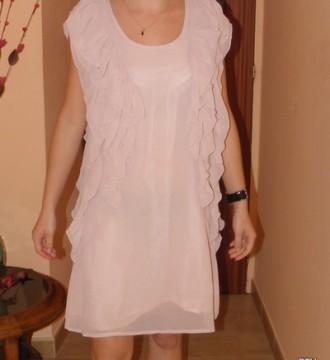 Vestido de gasa color nude