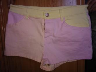 Short-pantalón corto 3 colores pastel. Talla 38.