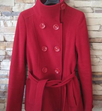 abrigo de corte precioso abotonada