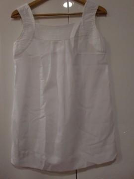 Blusa de gasa blanca
