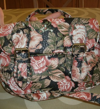 Bolso «messenger bag» flores