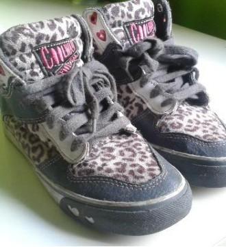 Coolway botines zapatillas leopardo corazones