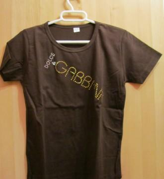 Camiseta nueva a estrenar D&G,  en marrón.