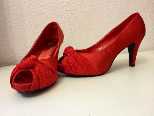 Zapatos nuevos a estrenar talla 39
