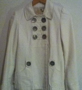 VENDO (15) Cazadora, chaqueta Blanca Zara