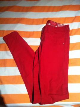 Pantalón Rojo, talla 34 de STR.