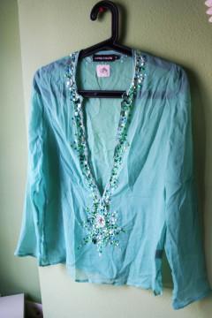 Camiseta túnica transparente con brillantes