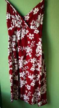 vestido estampado hawaiano