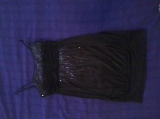 Vestido negro elástico