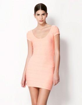 Vestido rosa encaje Bershka Talla M