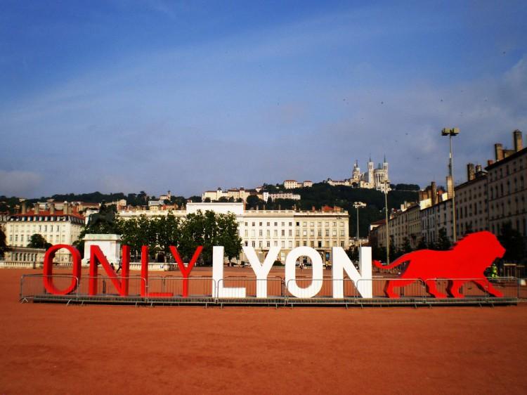 Lo que esconde Lyon-49452-laubuil