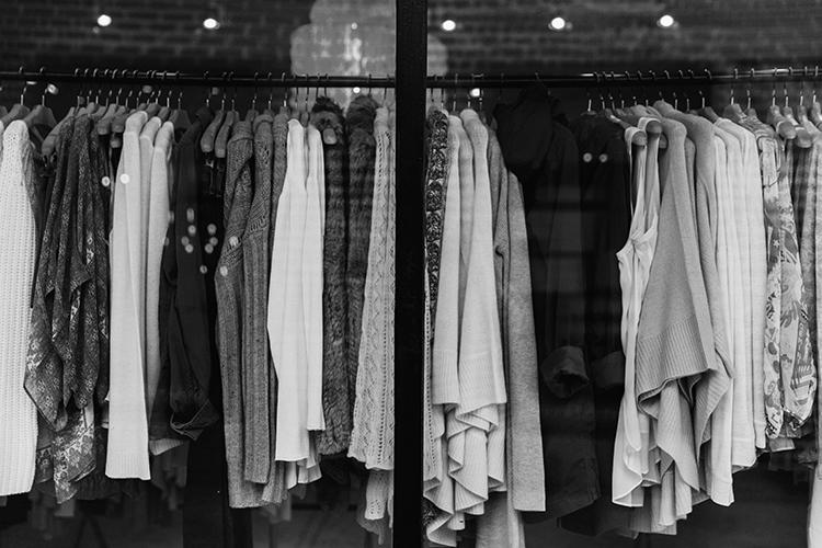 black_and_white-looks-luz_del_tajo