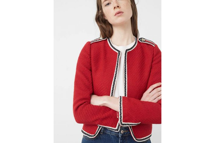 fashion_4_me-color-chaqueta_roja_ribetes-centro_comercial_luz_del_tajo