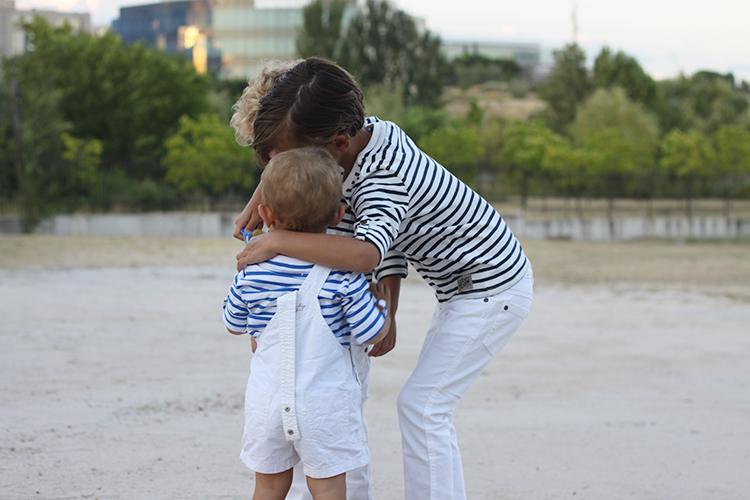 hermanos-look-marinero-la_redoute-verano-2015-mamatrendy