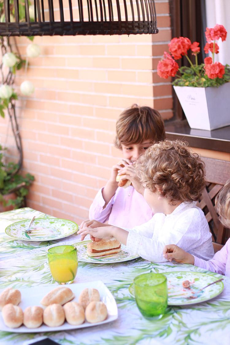 amigos-mamatrendy-picnic