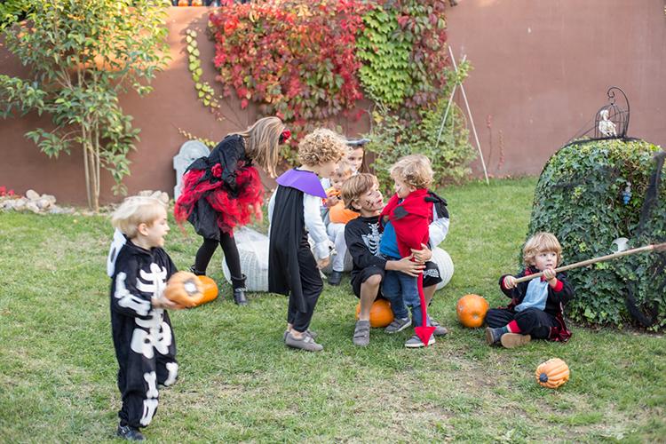 halloween-eci-stylelovely-mamatrendy-fiesta-familia