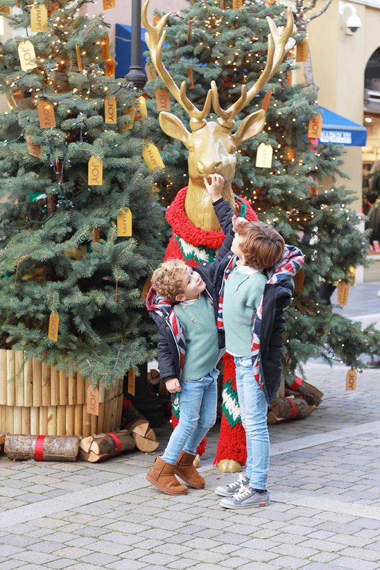 navidad-renos-decoracion-las_rozas_village-mamatrendy