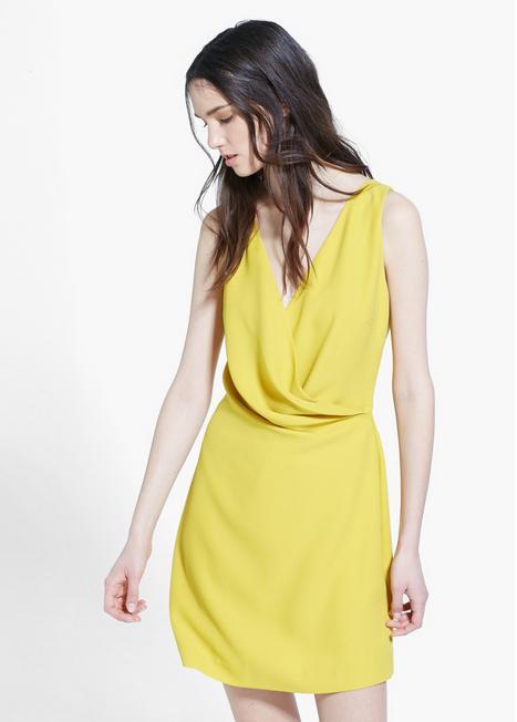 vestido drapeado amarillo mango