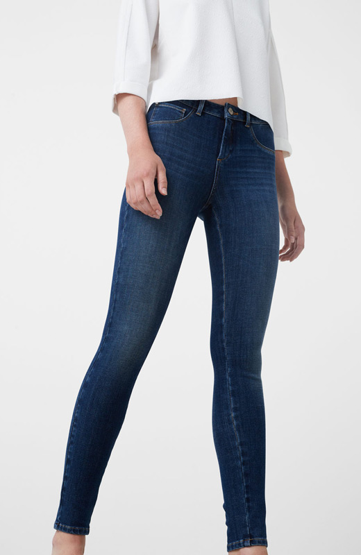 MANGO reuniones de navidad jeans