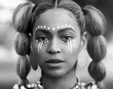 """Beyoncé y Serena Williams sexys y salvajes en """"Sorry"""""""