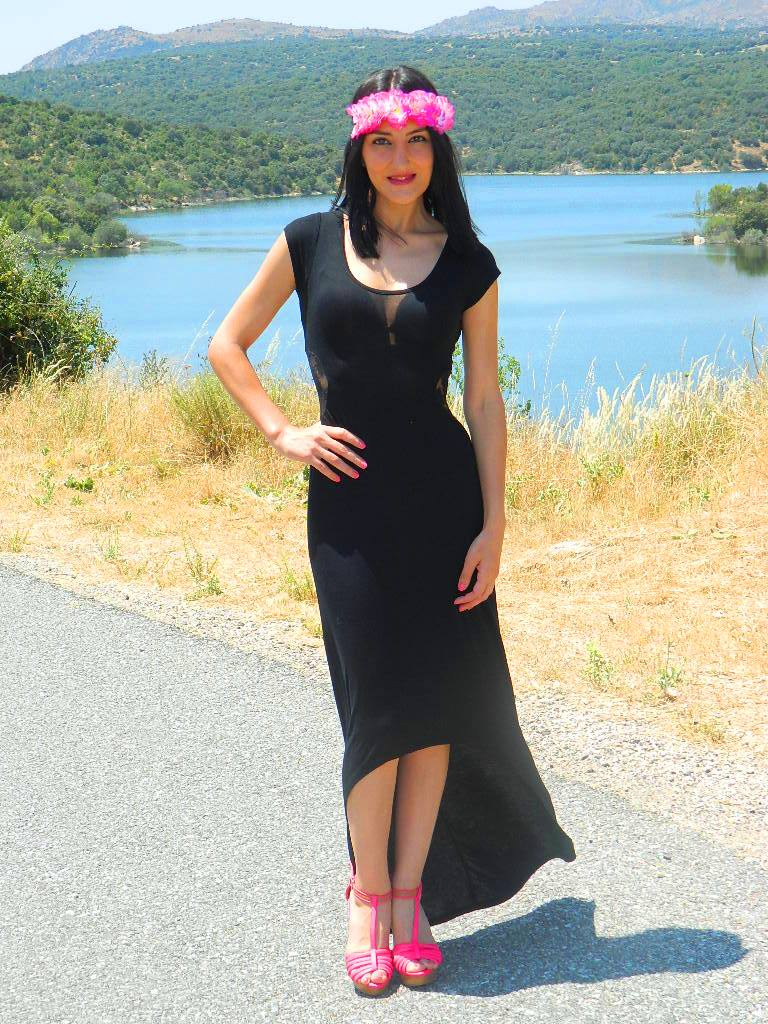 Vestido y zapatos / dress and shoes: Zara Turbante / turban: H&M (New)