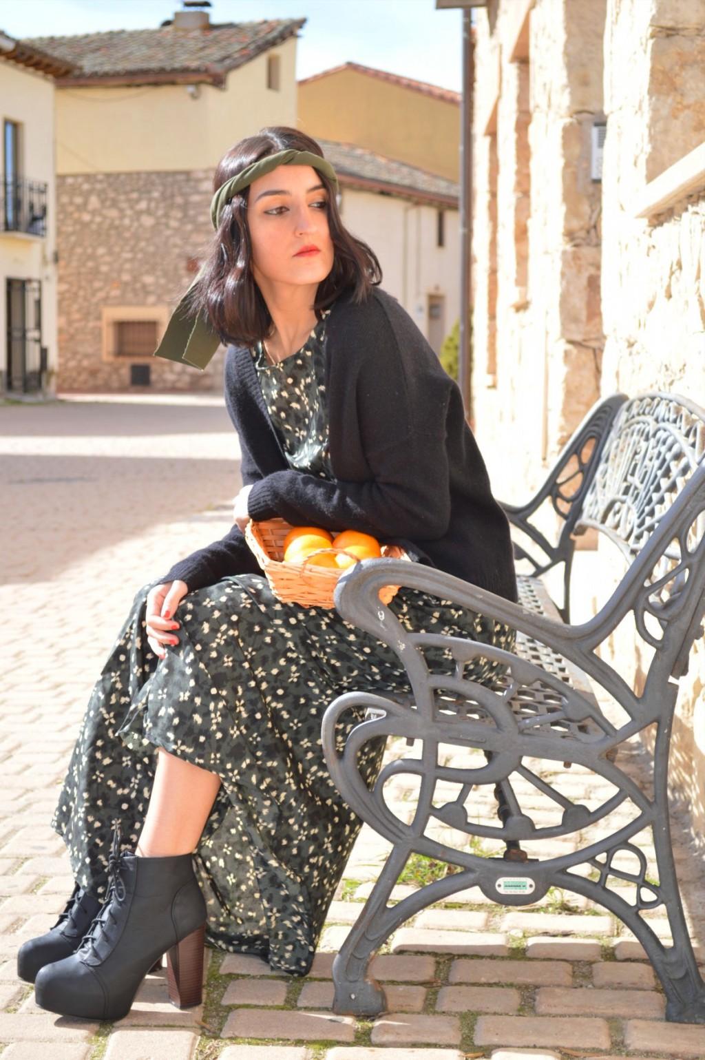 Vestido / dress: Mango Chaqueta / jacket: Bershka Botas / boots: H&M Reloj / watch: Sfera