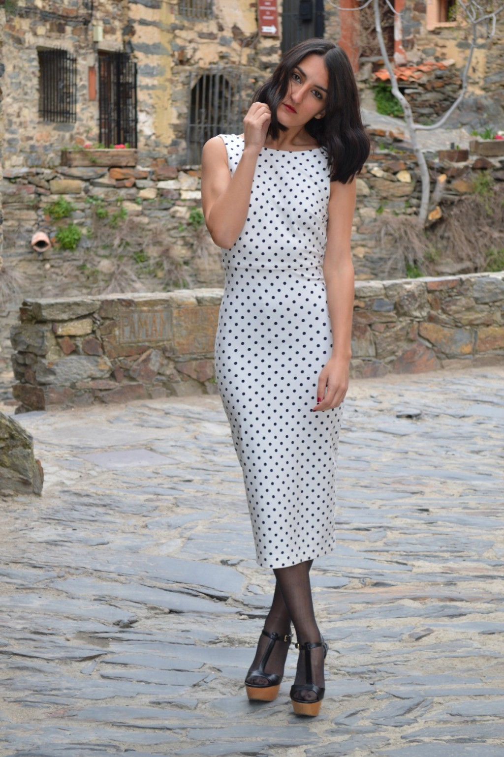 Total look: Zara (New dress, old shoes)