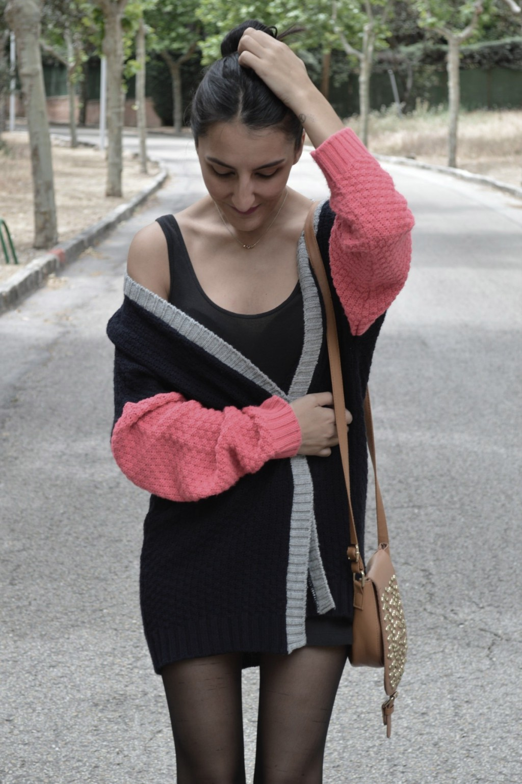 Cardigan: Primark (old) Vestido / dress: H&M (old) Botas de agua / gumboots: Pepita Perez Bolso / bag: Primark