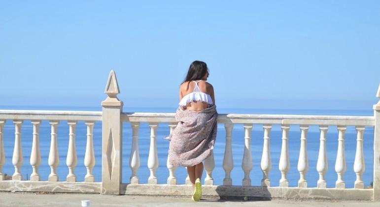 Bikini: Primark (new) Sandalias / sandals: Primark (new) Kimono: Shana (new) Sombrero / hat: Sfera (old)