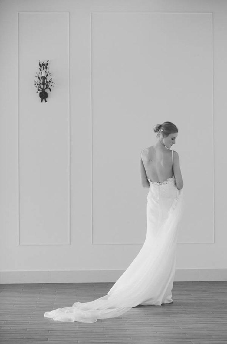 boüret novia escote espalda