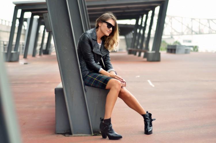 Looks diarios de bloggers y demás chicas que cuelgan en internet. - Página 16 VINTAGE-SKIRT-4--750x496