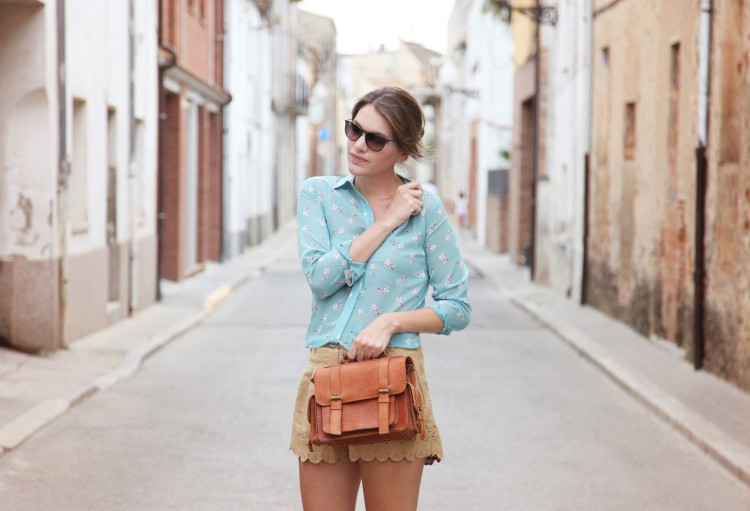 A STROLL THROUGH THE OLD TOWN-56019-mydailystyle